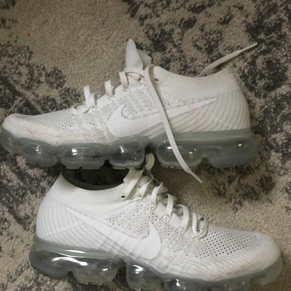 new arrival 15548 a0613 White Vapor Maxes 8.5 Men